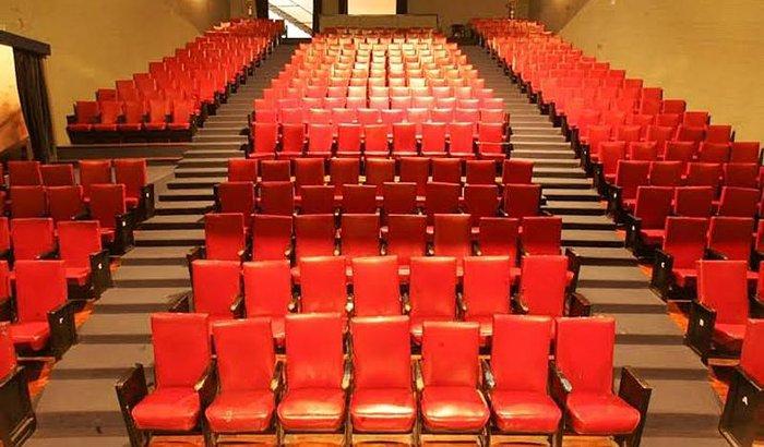 Vamos salvar o teatro Maria Della Costa