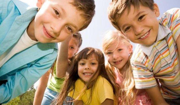 Material Escolar novo para Crianças do Abrigo Casa Lar Cantinho da Esperança.