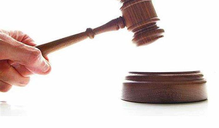 Ajuda para gastos com advogado