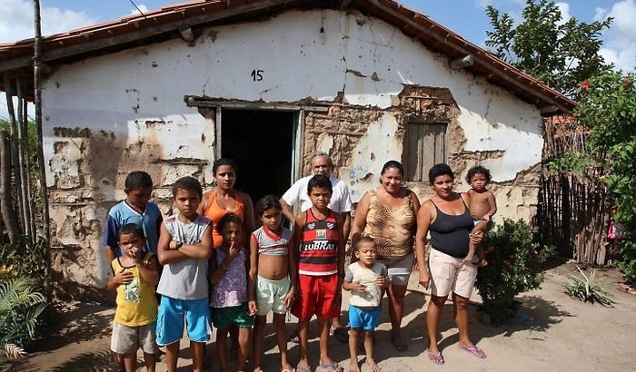 Ajuda para famílias pobres