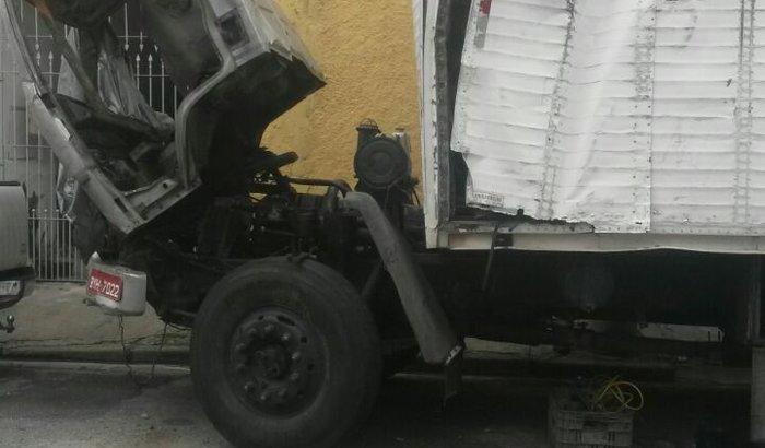 Um caminhão pro Serjão