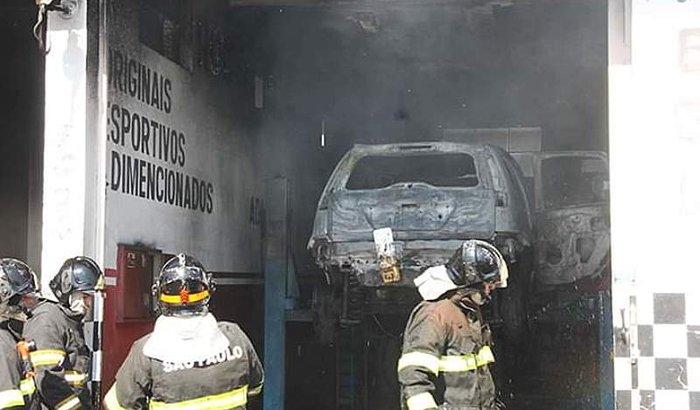 Reforma da oficina incendiada em Salto SP