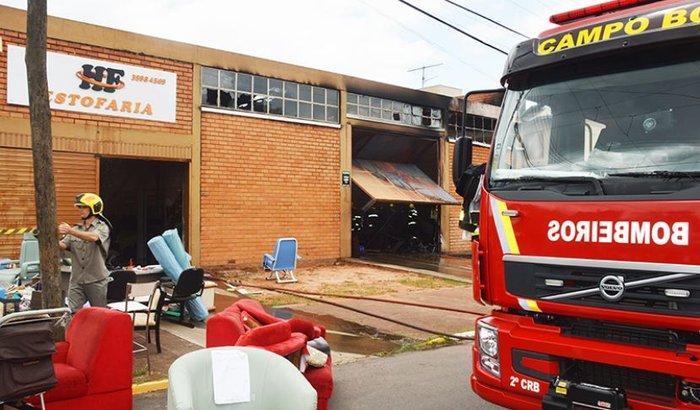 Ajudar família que perdeu tudo em incêndio