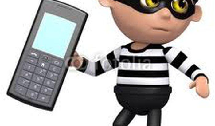 Roubaram meu celular ='(