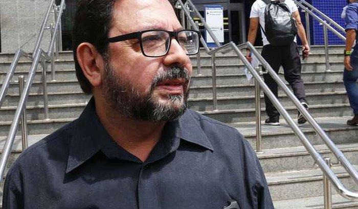 Juntos com Eduardo Guimarães na luta pela democracia!