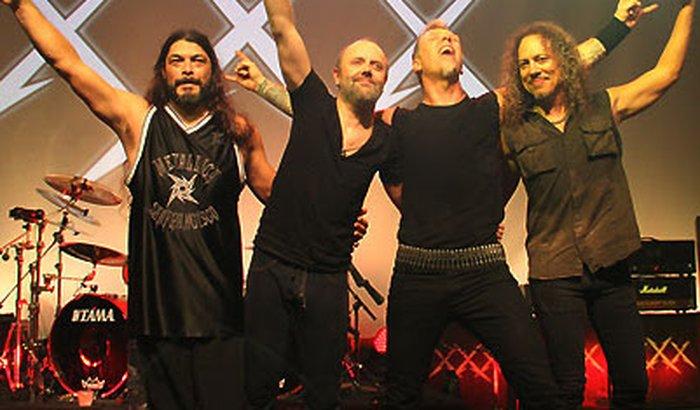 Ajude o Nico conhecer o Metallica