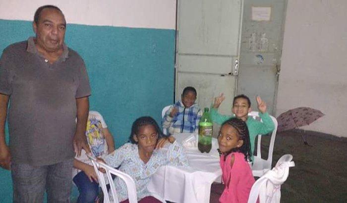 Ajudar crianças carentes minha casa minha vida