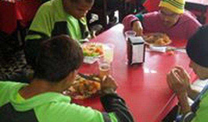 Projeto Social - Café,almoço,janta e lanche Solidario