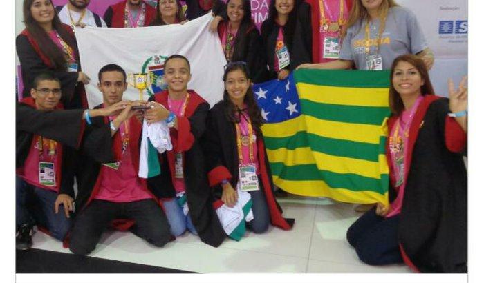 Escola Pública do Brasil para ir na Dinamarca em Robótica