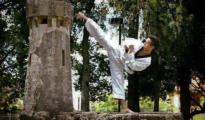 Richard - Cirurgia de Joelho Atleta de Taekwondo QLNB
