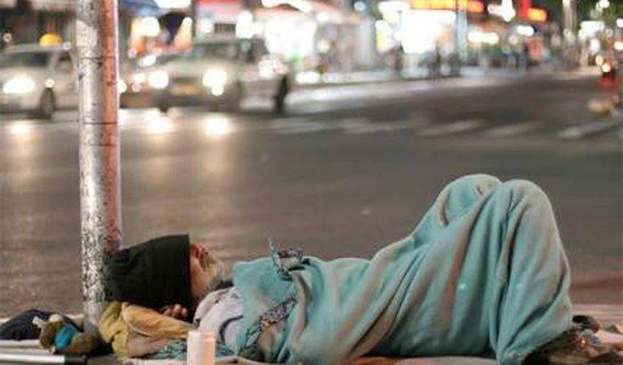 Ajudar moradores de Rua