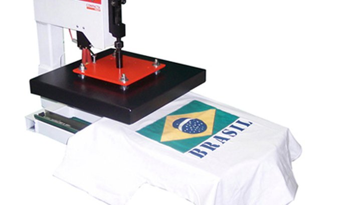 Ajude-nos a comprar uma máquina de estampar camisetas