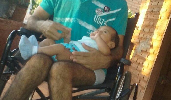 fabio na cadeira de rodas