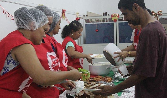 Ceia Solidária - Jantar de Natal para pessoas em vulnerabilidade