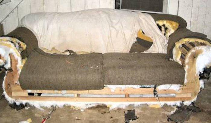 Ajude o Deko a trocar seu sofá velho!