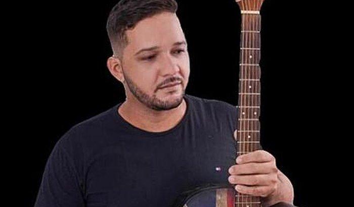 Ajuda para Antonio Carlos (LORO)