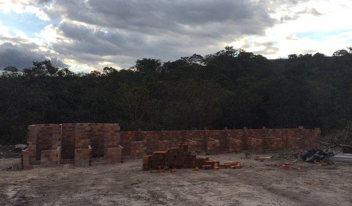Construção do canil dos Amigos dos Animais BG