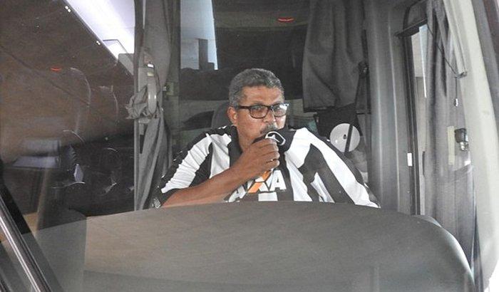 Ajudar o Motorista Maurão do Botafogo
