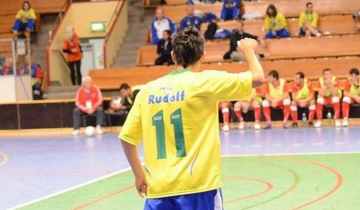 Atleta-Surdo seleção brasileira de Futsal