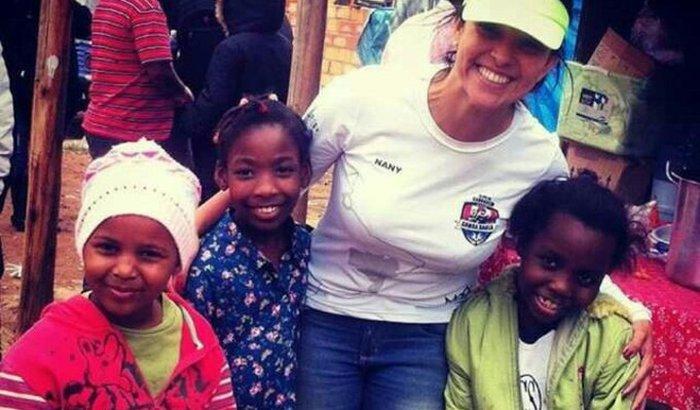 Ajude a Nany a ir para a África!