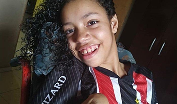 Ajuda para cadeira de rodas pra Renata Camili