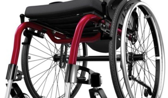 Cadeira de Roda Ventus (Cavenaghi) ao Wellington com Síndrome dos Ossos de Vidro