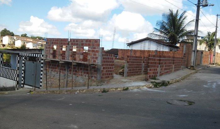 Construção de Centro de Recuperação e Templos