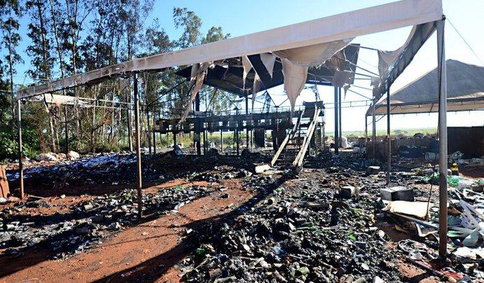 RECONSTRUÇÃO COOPER ARAÇÁ - 19 FAMÍLIAS PRECISAM DE SUA AJUDA