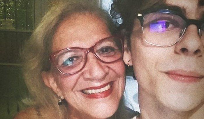 Ajudem a Dona Rosa!