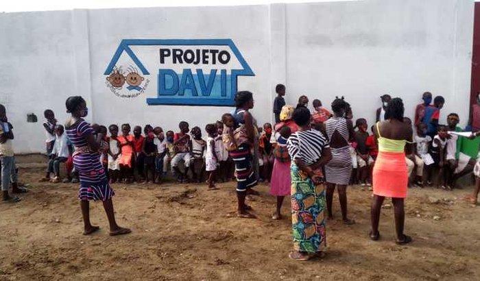 Reforma de Escola Infantil Angola