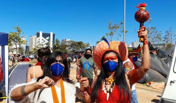 Marcha das mulheres indigenas