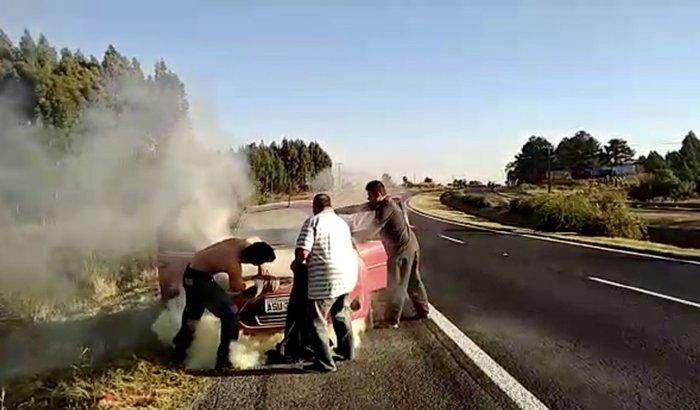 Ajuda para consertar o carro dos pastores Paulo e Tânia