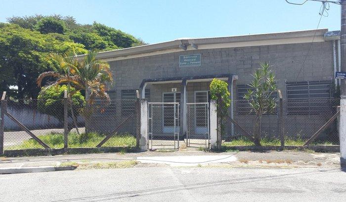 Pequenos reparos no Centro Cultural Afrobrasileiro e Biblioteca Zumbi dos Palmares