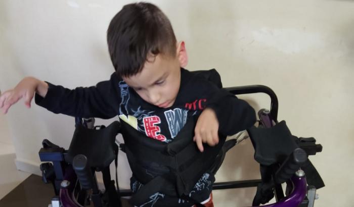 Ajude o Gui, com paralisia cerebral e tetraplagia espática