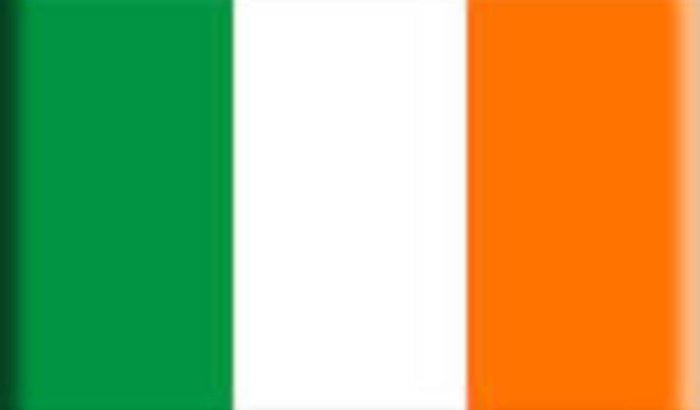 Passagem de ida e volta para a Irlanda