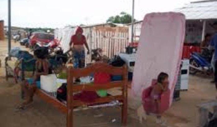 ajudar 50 familia que estão desabrigada e nao onde morar!