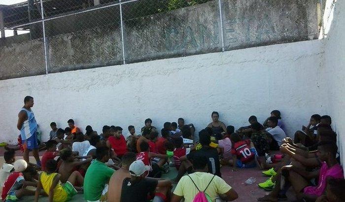 ADOLESCENTES DE ITABUNA PEDEM SOCORRO