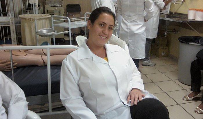 Ajudem a Gilvania a tirar o COREN ( Registro de Enfermagem)