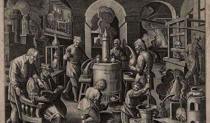 Destilação de óleos essenciais
