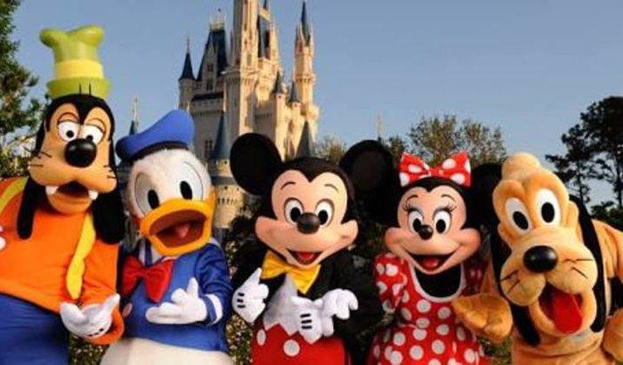 Levar filhos para Disney