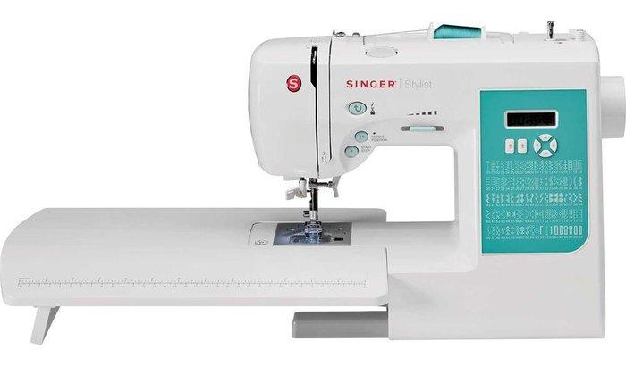 Comprar Máquina de Costura Stylist 7258T Singer