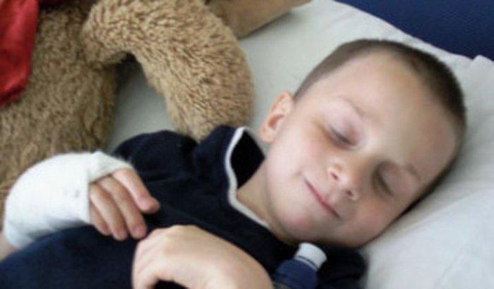 preciso de ajuda para cirurgia do meu filho de 9 anos