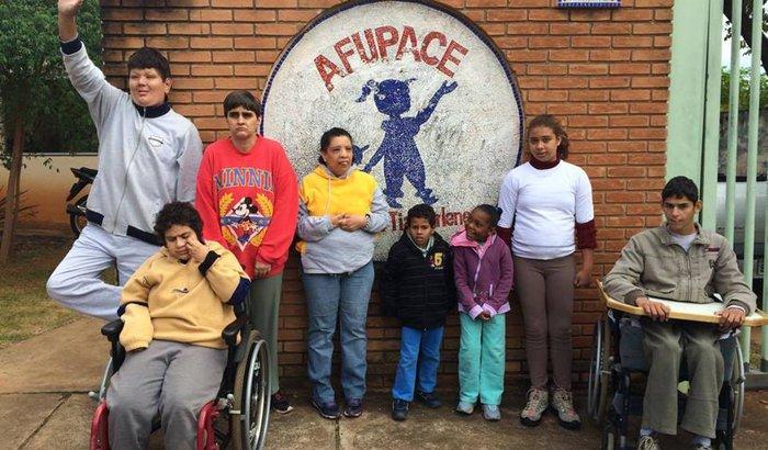 Ajuda para Pessoas com Deficiência e Autismo