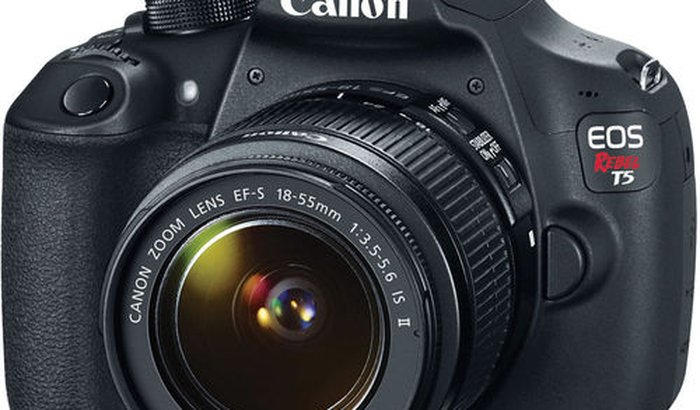 Câmera para gravação de vídeos do Canal Fora do Padrão (FDP)