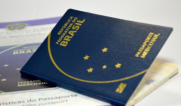 Ajude o Italo a tirar o passaporte