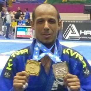 Na luta com Rinaldo - Campeonato Mundial IBJJF - Vaquinhas