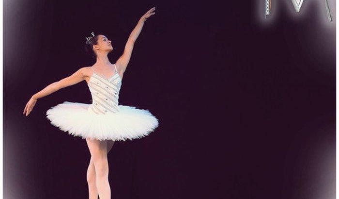 Ajude a Bia Bailarina a Dançar em Nova York!