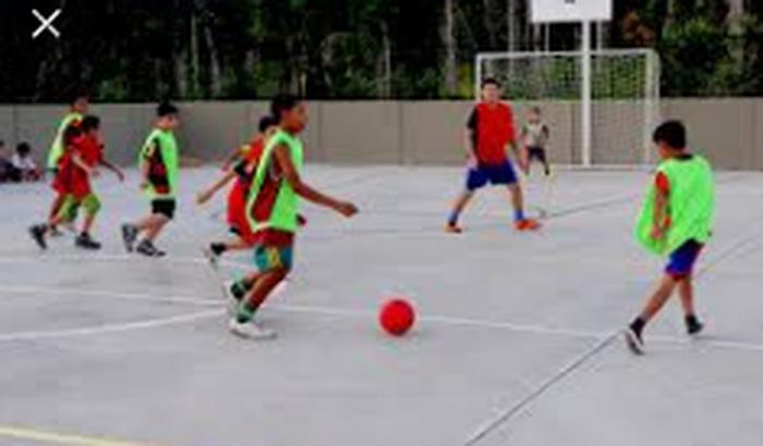 Ajude nossa escola de futsal