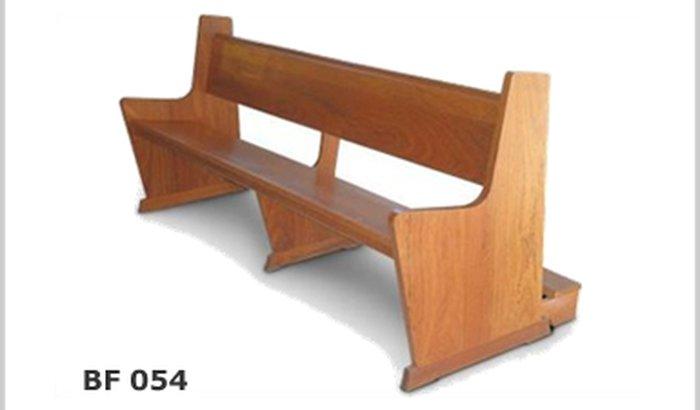 cadeira para a igreja