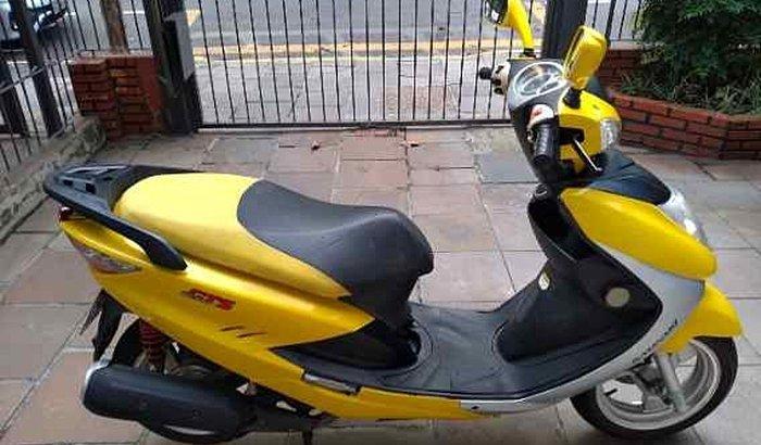 Ajude Felipe a comprar uma moto!